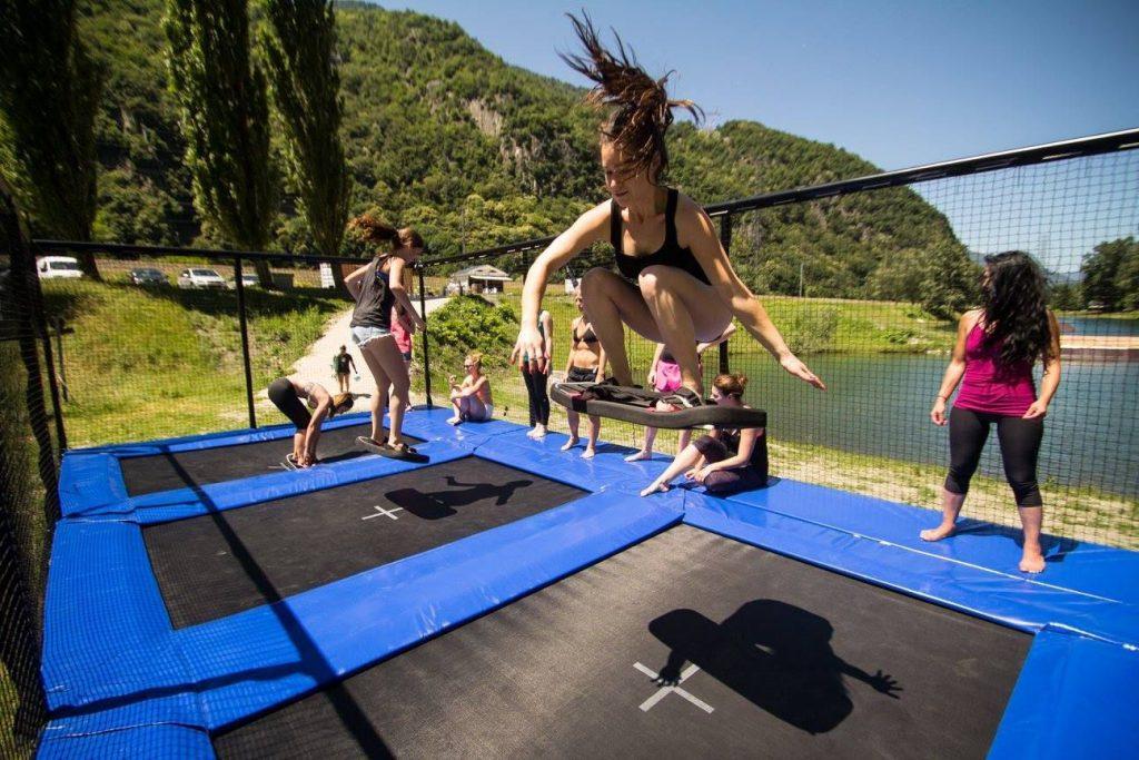 trampoline-activités terrestres-Loisirs-Normandie-Lac de Pont L'Évêque